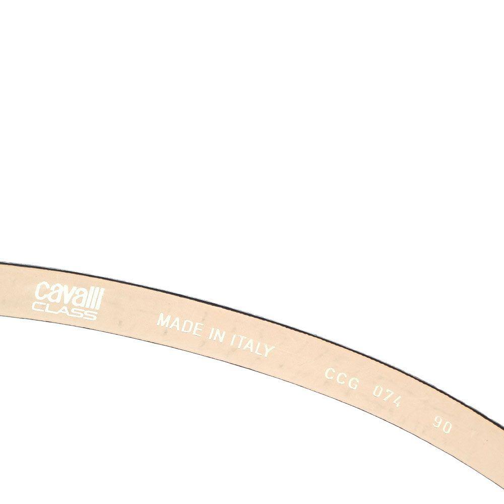 Ремень Cavalli Class лаковый черного цвета шириной 2 см с брендированной золотистой пряжкой