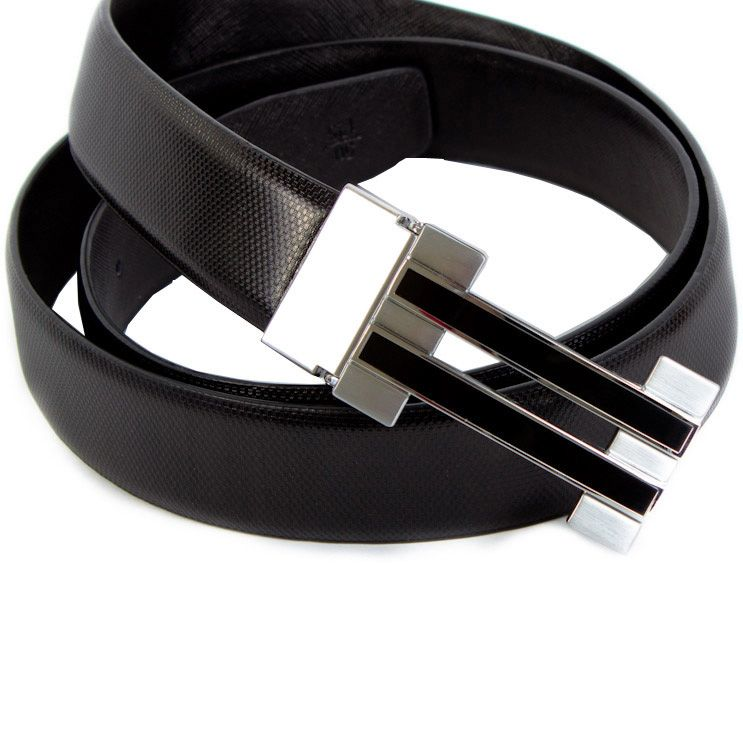 Ремень Eterno кожаный черный шахматкой с черно-серебристой пряжкой