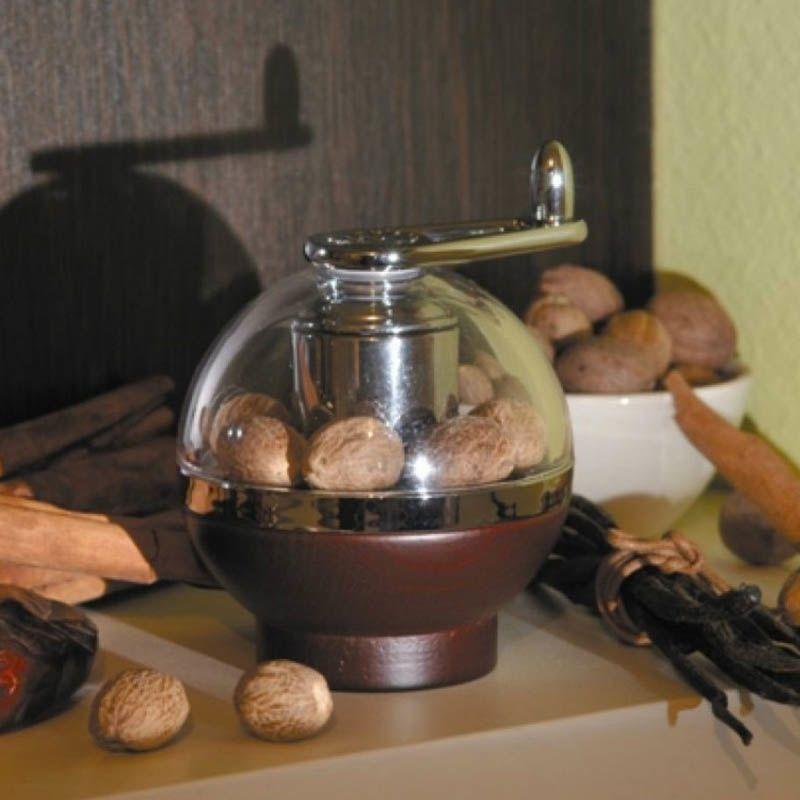 Мельница Peugeot Amboine коричневая для помола мускатного ореха
