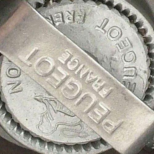 Набор мельниц для специй Peugeot Tahiti 15 см в оттенках серого