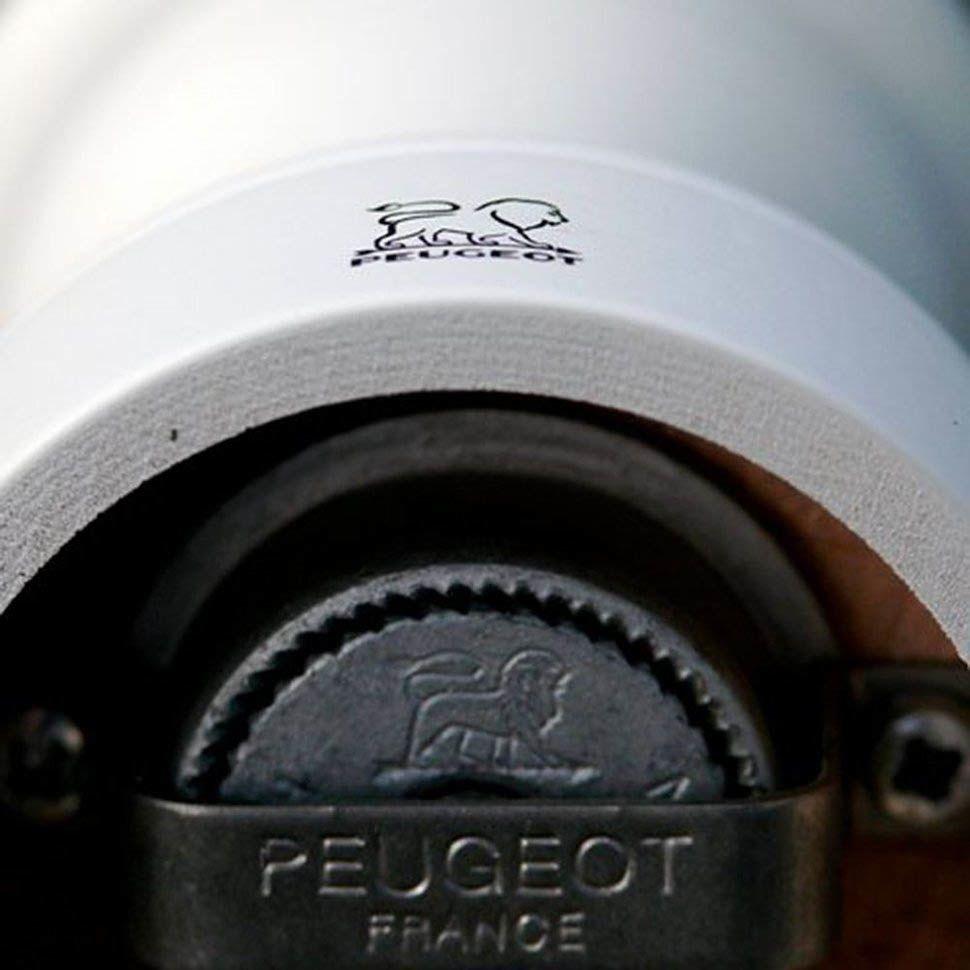 Мельница для соли Peugeot Paris U 12 см деревянная белая лаковая
