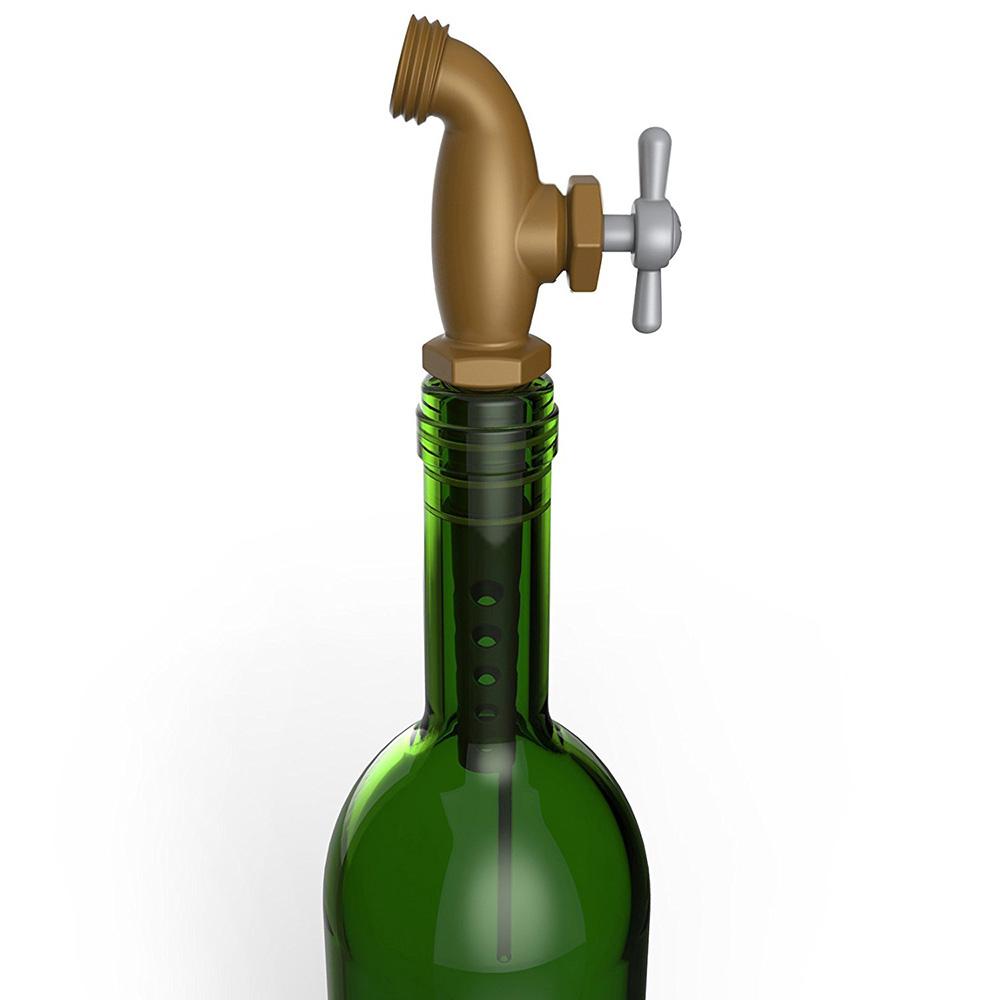 Стоппер с дозатором для бутылок Fred and Friends в виде медного крана