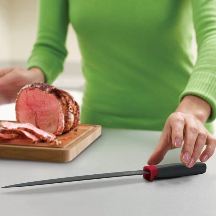 Нож кухонный Joseph Joseph красный