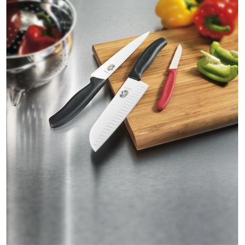 Нож Victorinox SwissClassic с широким лезвием длиной 15 см универсальный