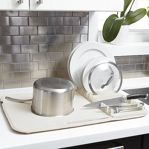 Сушилка для посуды Umbra Udry бежевого цвета, фото