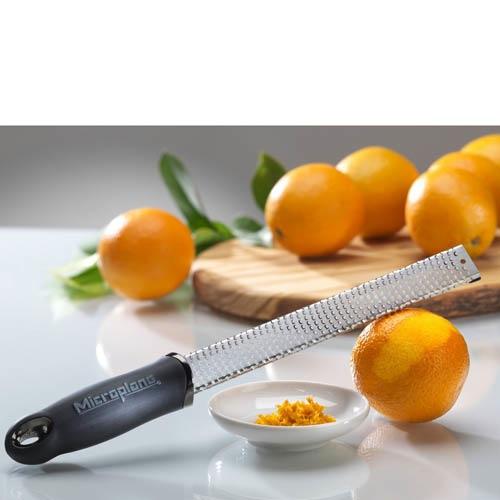 Терка мелкая для цитрусовых Microplane Premium Classic с черной ручкой, фото