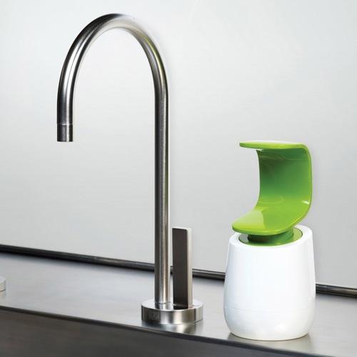 Емкость с дозатором Joseph Joseph C-pump бело-зеленая для жидкого мыла, фото