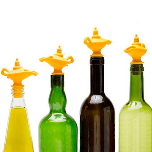 Силиконовая пробка и дозатор Peleg Design Oiladdin для бутылки, фото