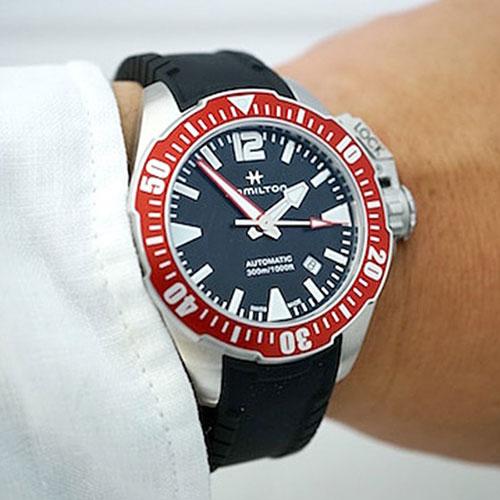 Часы Hamilton Khaki Navy H001.77.725.335.01, фото