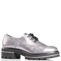 Женские туфли Tine's серебристого цвета  на рельефной подошве, фото