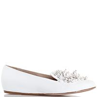 Белые балетки Le Silla с декором в виде страз и бусин, фото