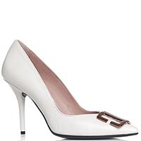 Белые туфли Chantal с золотистым декором, фото
