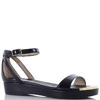 Черные сандалии Tosca Blu на плоском ходу с золотистым носком, фото