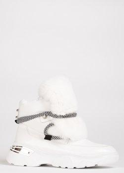 Белые ботинки Lab Milano с декором-мехом, фото