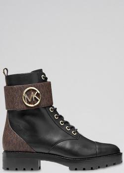 Черные ботинки Michael Kors с брендовым декором, фото
