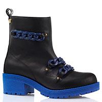 Черные ботинки с декоративными цепями Love Moschino на рельефной подошве синего цвета, фото