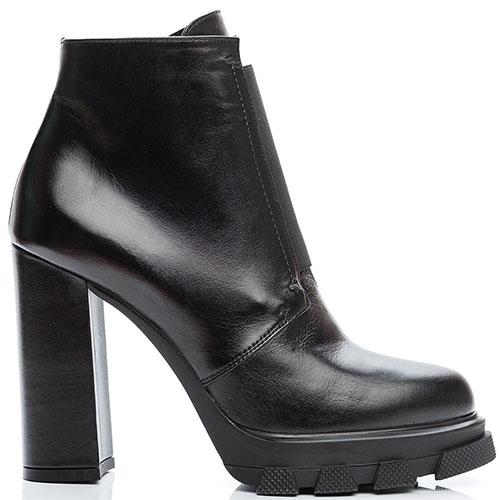 Ботильоны из кожи черного цвета Reda Milano на среднем каблуке, фото