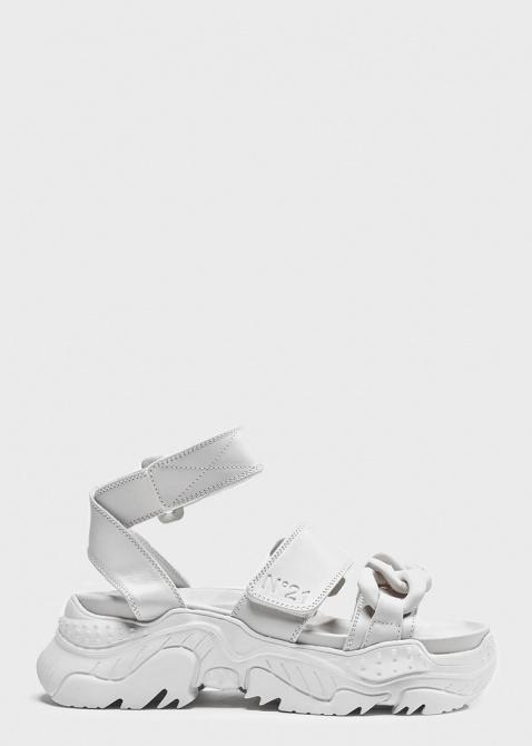 Белые сандалии N21 с декором-цепочкой, фото