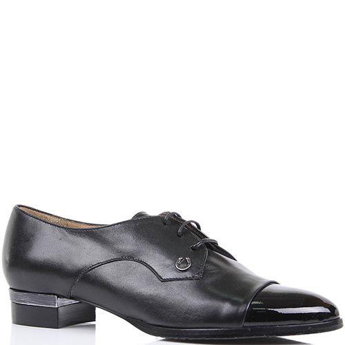 Туфли Pakerson черного цвета с лаковым носочком и декором в виде маленькой подковы, фото