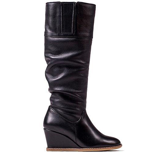 Зимние кожаные сапоги Modus Vivendi черного цвета со сборками, фото