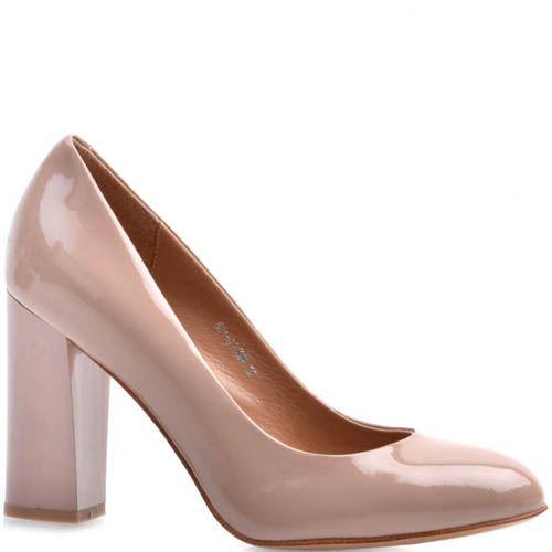 Туфли-лодочки Prego лаковые бежевого цвета на устойчивом каблуке, фото