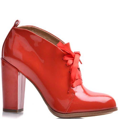 Ботильоны Grado красные лаковые с закругленным верхов и лентой для шнуровки, фото