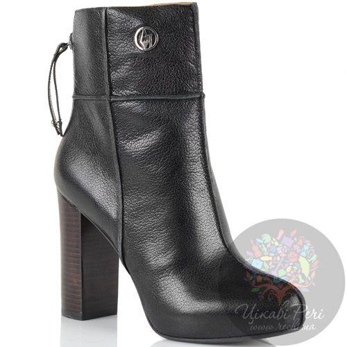 Ботинки на массивном каблуке Armani Jeans кожаные черные со швами-декором на молнии сзади, фото