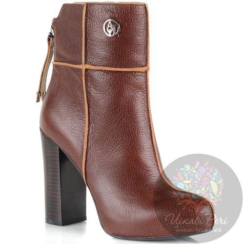 Ботинки на массивном каблуке Armani Jeans кожаные бордово-коричневые на молнии сзади, фото