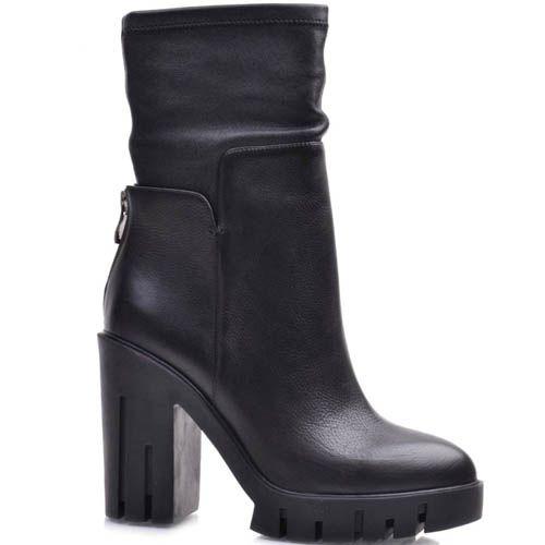 Полусапоги Prego черного цвета на высоком каблуке с молнией на пятке, фото