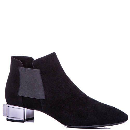 Ботинки Casadei черного цвета замшевые с большим кристаллом Swarovski на каблуке, фото