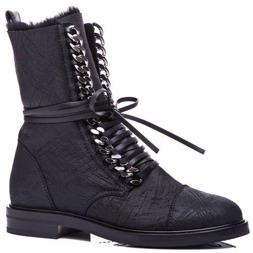 Ботинки Casadei черного цвета на меху с металлической цепочкой для шнуровки, фото