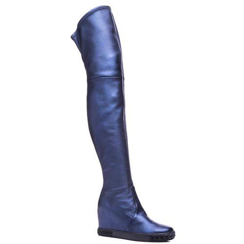 Ботфорты Casadei со скрытой танкеткой синего цвета с металлизированным эффектом, фото