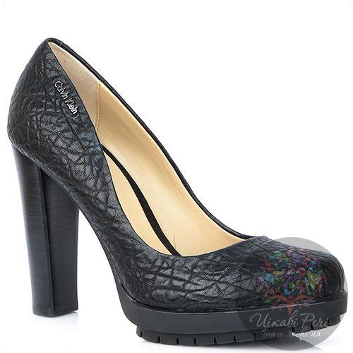Туфли Calvin Klein из фактурной черной кожи на каблуке-столбике и платформе, фото