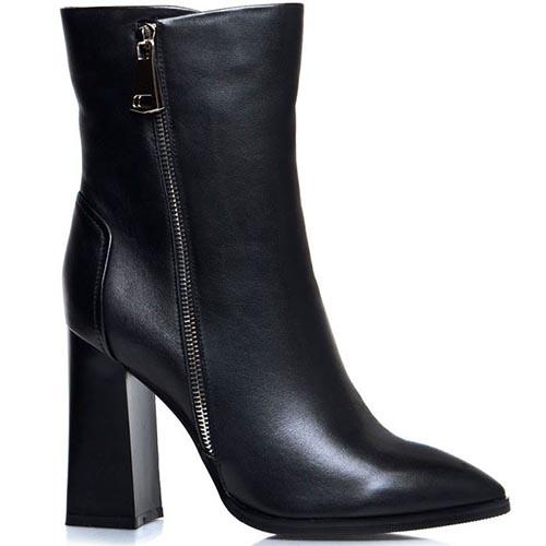 Высокие ботинки Prego из натуральной кожи черного цвета с острым носочком, фото