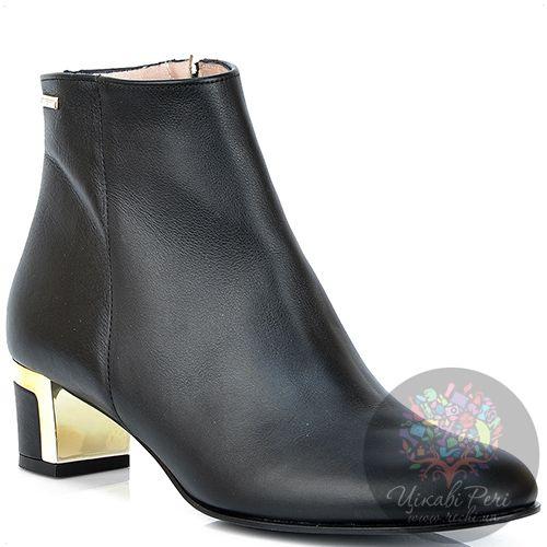 Ботинки GF Ferre из черной кожи на стильном декорированном каблуке, фото