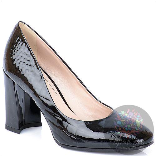 Туфли Giorgio Fabiani лаковые черные на модном приталенном каблуке, фото