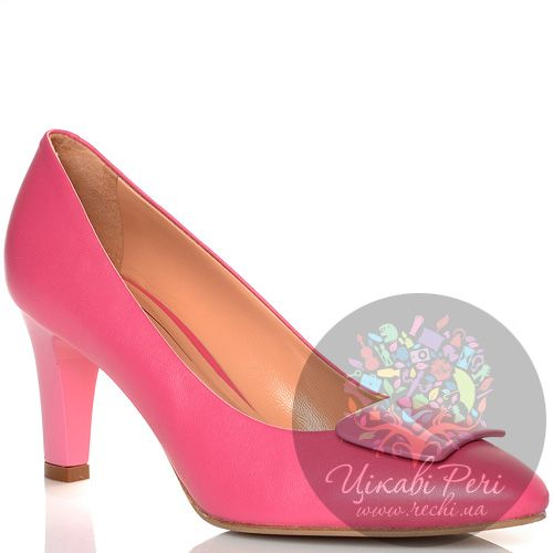 Туфли Giorgio Fabiani кожаные ярко-розовые на среднем каблуке, фото