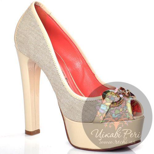 Туфли Giorgio Fabiani молочного цвета на высоком лаковом каблуке-столбике, фото