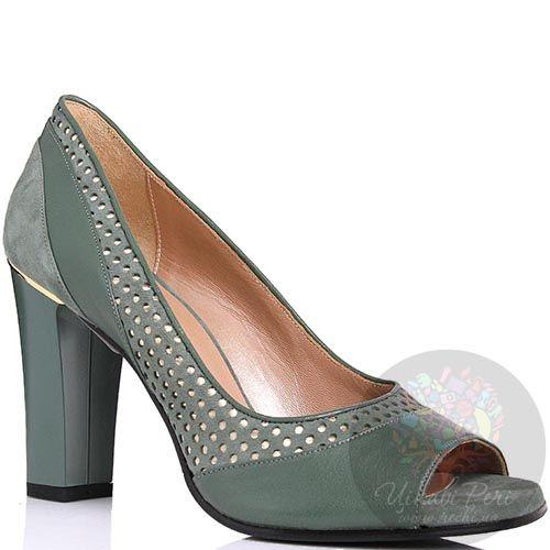 Туфли William Massimi зеленого цвета с перфорацией и золотистой вставкой над каблуком, фото