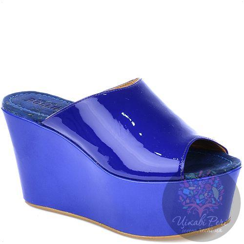 Мулис Studio Pollini на танкетке синие лаковые, фото