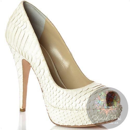 Туфли Rodo на шпильке кожаные белые с фактурой рептилии, фото