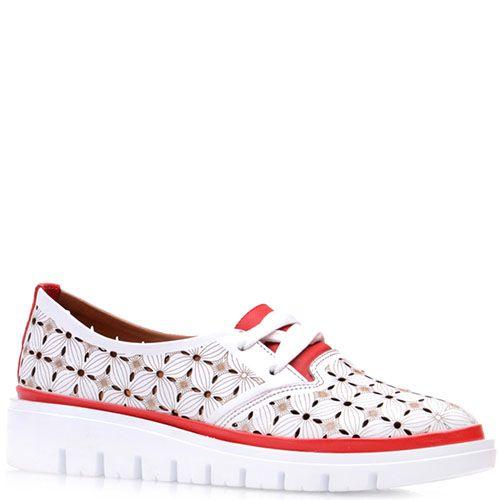 Туфли Prego из кожи с перфорацией на небольшой белой танкетке, фото