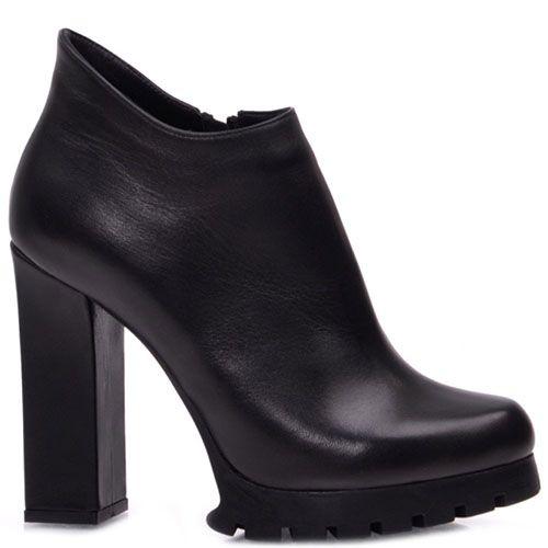 Ботильоны Prego из натуральной глянцевой кожи черного цвета с рельефной подошвой на высоком каблуке, фото