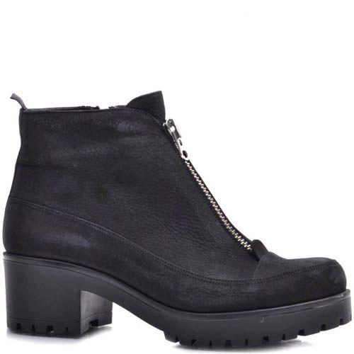 Ботинки Prego зимние из нубука черного цвета на устойчивом каблуке и с молнией посередине, фото