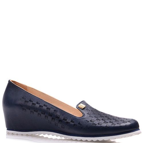 Туфли Prego из натуральной синей кожи на скрытой танкетке с перфорацией, фото