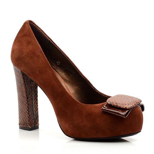 Женские замшевые туфли Tosca Blu коричневые, фото
