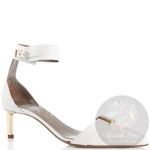 Туфли Versace Collection белого цвета кожаные и золотистым декором, фото