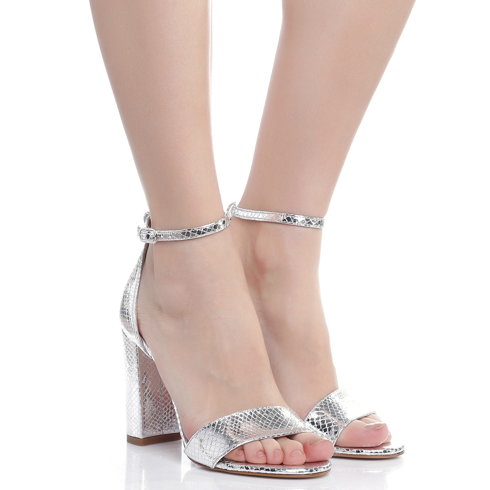 Серебристые босоножки Bianca Di на высоком каблуке