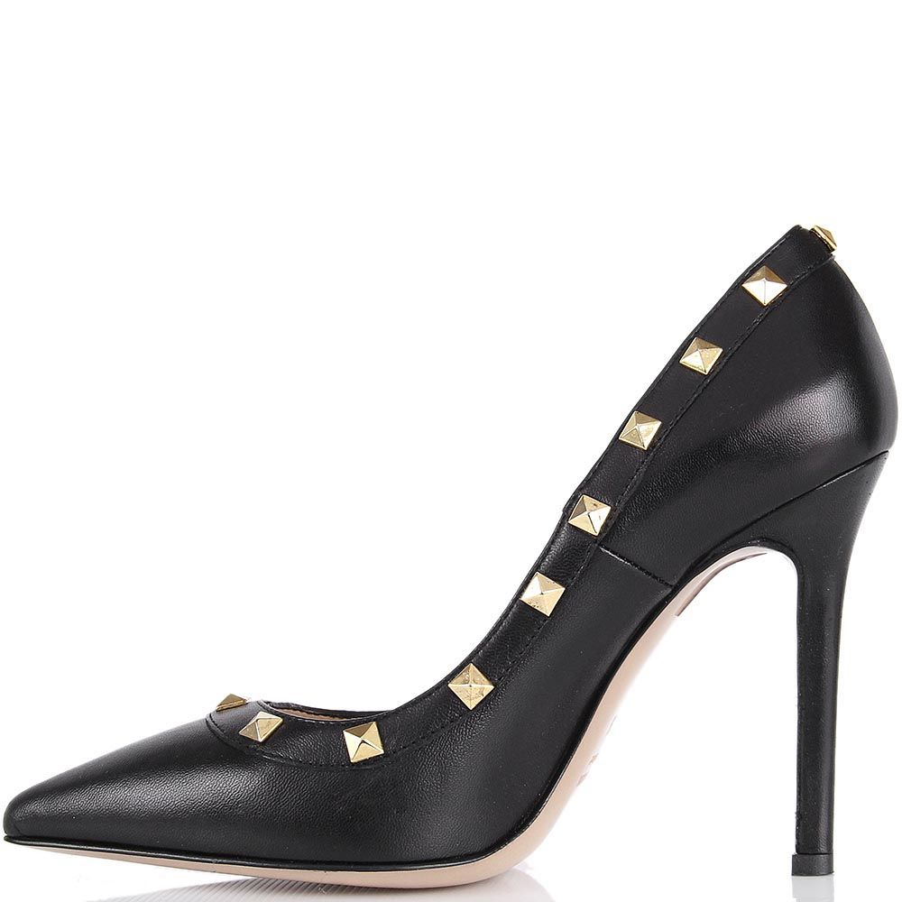 Туфли lEstrosa черного цвета с золотистыми заклепками