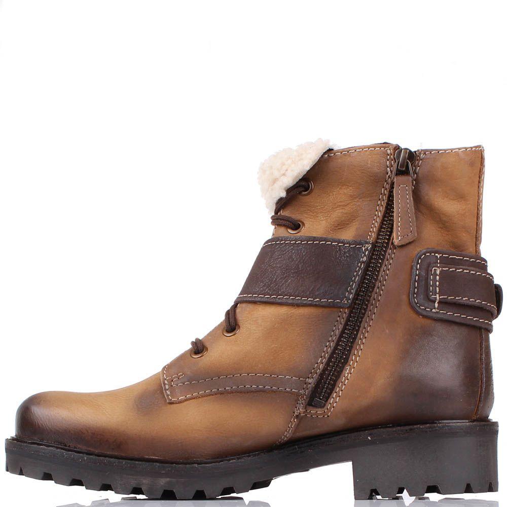 Ботинки Manas светло-коричневого цвета с меховым отворотом